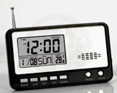 Radio with Calendar and Clock 810