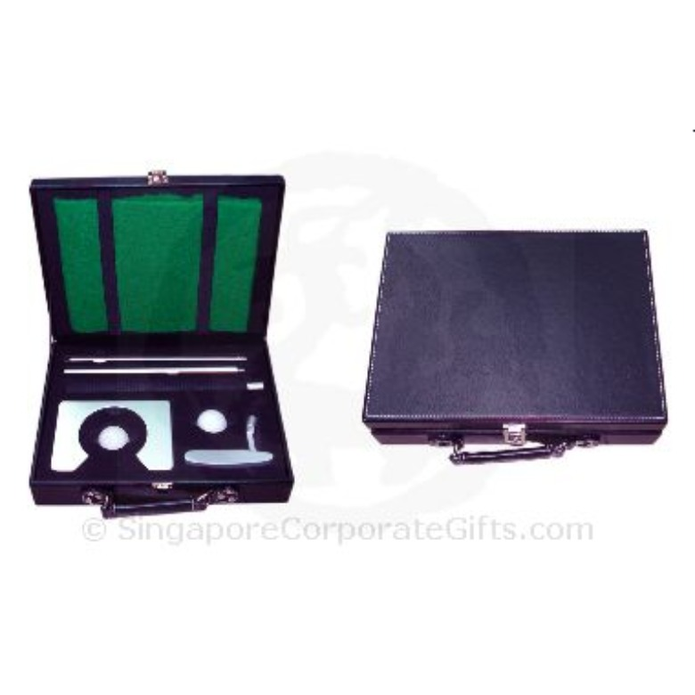 Golf Set (Metal with Leather Case)