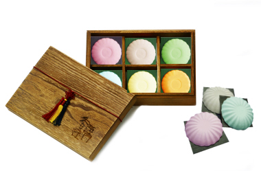 Customised Natural Soap (6 Tutu Kueh 100g)