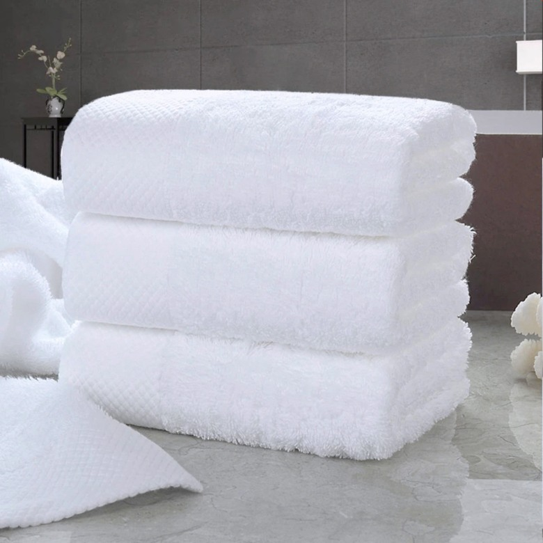 Premium Hotel Cotton Bath Towel [600gsm]