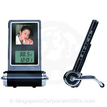 Digital Photo Frame with clock (1.5 Inches)