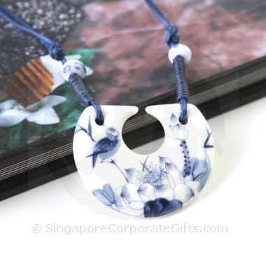 Classical Ceramic Necklace 078
