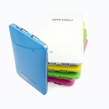 Power Bank for iPad, Tablets and Phones (DS718) (7000 mAh)