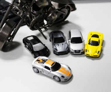 Metal Sports Car Thumbdrive 4 (4G)