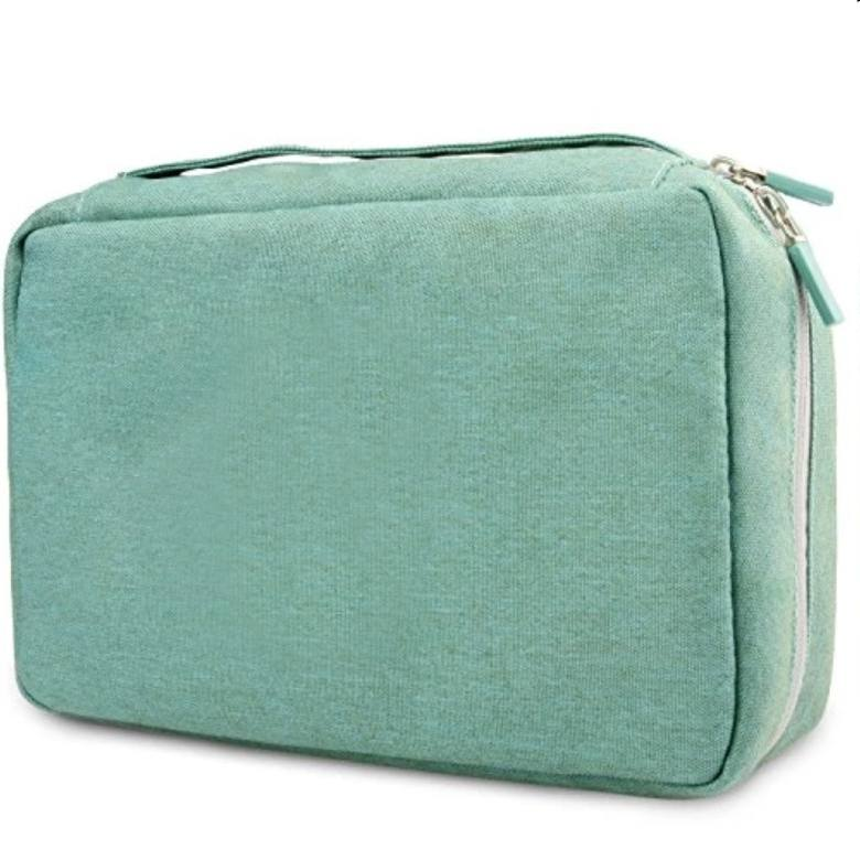 Travel Toiletry bag with zip