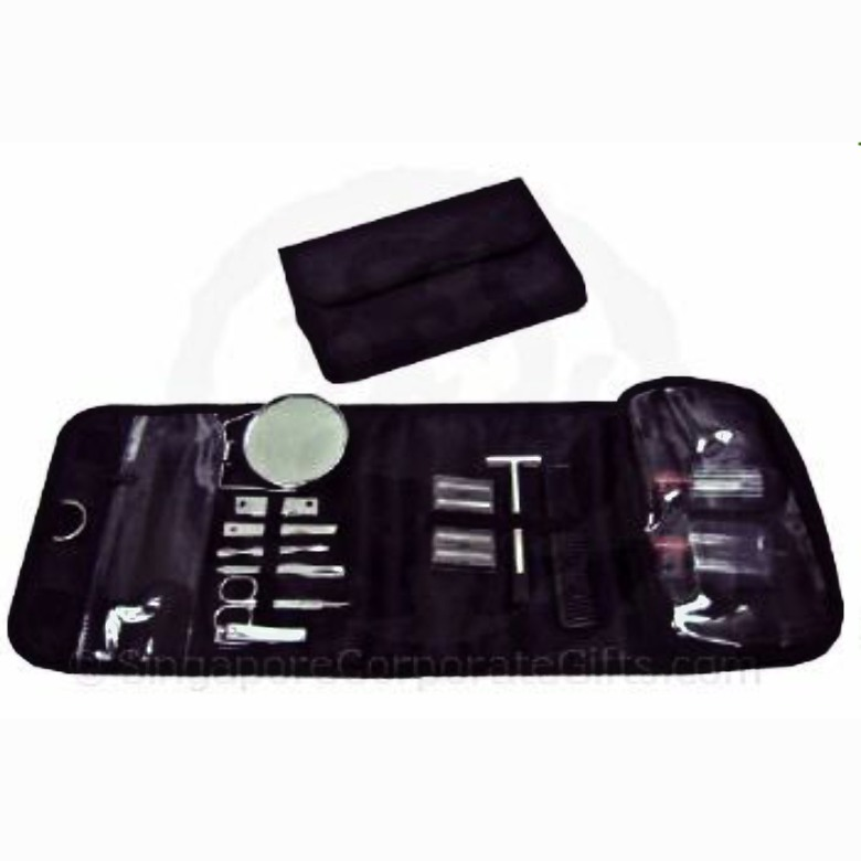 Manicure Set in Toiletry Bag